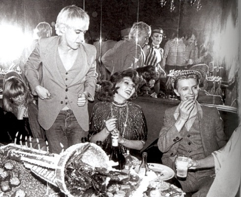David Bowie and Iggy Pop in Berlin 1977  // Courtesy of shapersofthe80s.com
